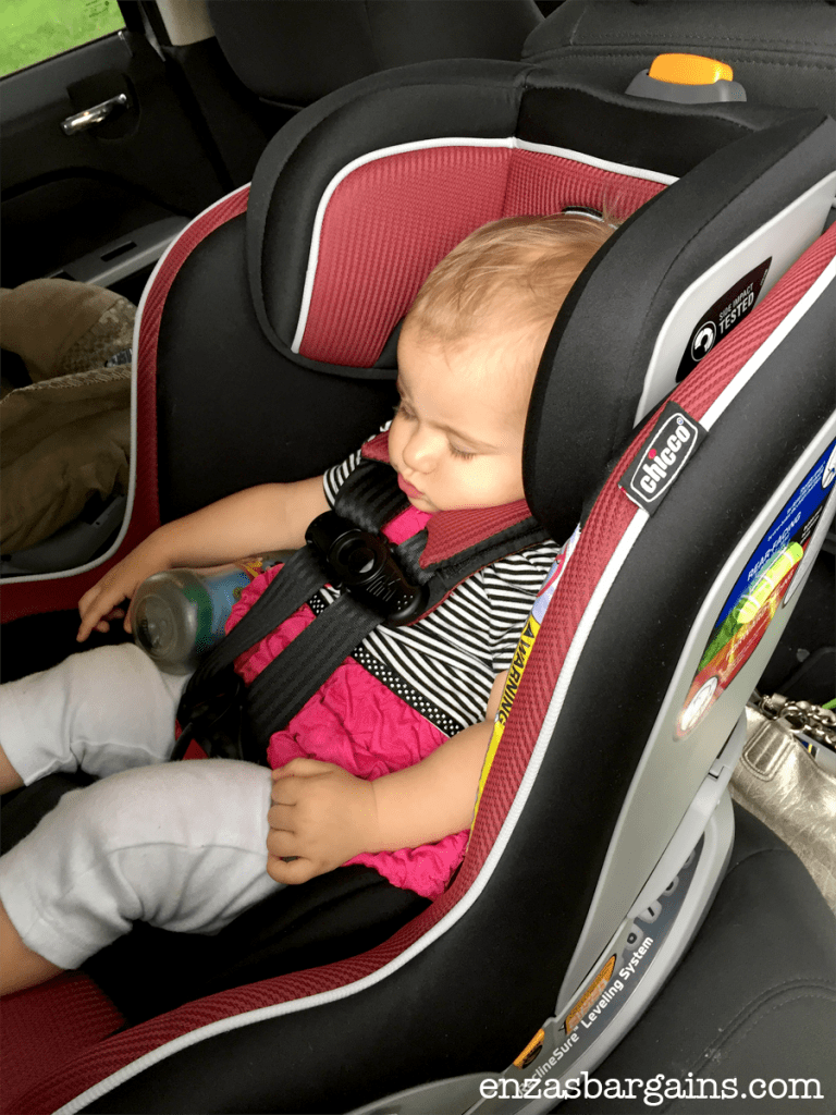 choosing a new car set chicco nextfit convertible car seat chiccobaby. Black Bedroom Furniture Sets. Home Design Ideas
